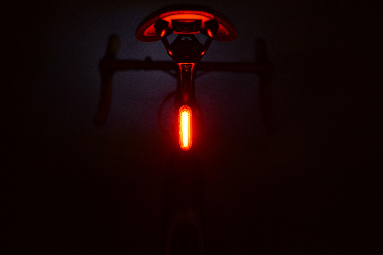 Nieuw, Racefiets ledlamp die voor zowel achter al voor is!